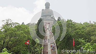 Gran Buda en Hong Kong y turistas Movimiento rápido almacen de video