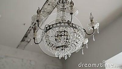 Grand accrocher en cristal de luxe de lustre Lampes d'éclairage de cru avec les ampoules banque de vidéos