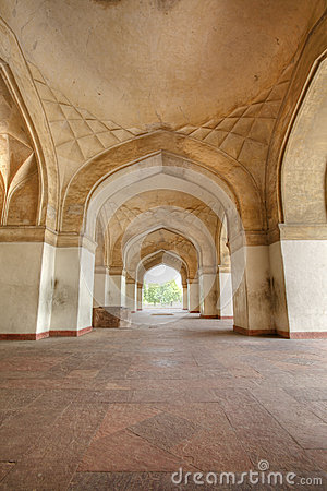 Grand arches at  Sikandar Fort