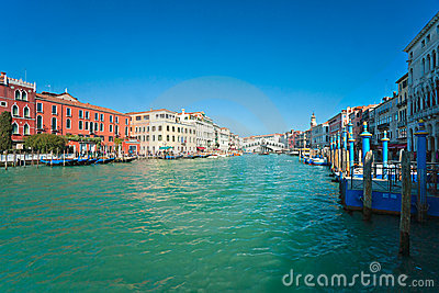 Grand Canal and Rialto bridge, Venice.