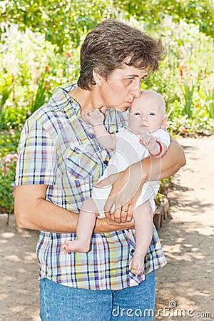 Grand-mère et chéri