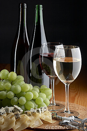 Free Grape, Cheese And Wine Stock Photography - 2927962