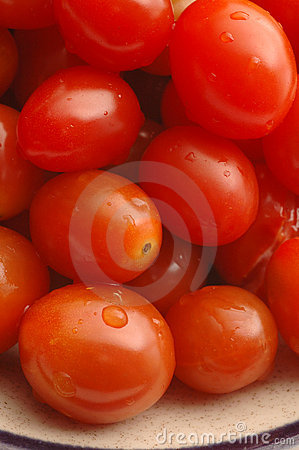 Grape tomatoes 2