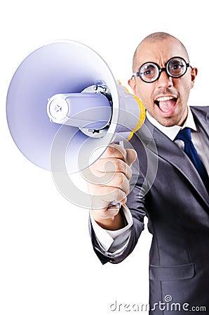 Grappige mens met luidspreker