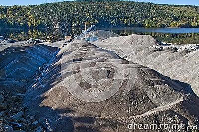 Gravel piles at brekke quarry, angle 3