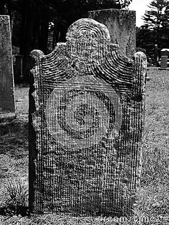 Gravestone: carved lines