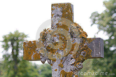 Gravestone cross