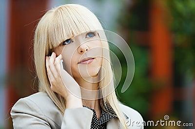 Gray-eyed blonde says phone