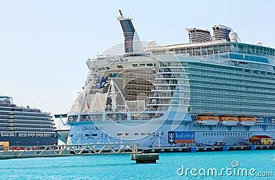 Great Bay, Philipsburg, St. Maarten Editorial Photo