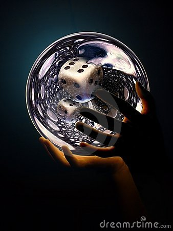Free Great-dice-in-crystalball Royalty Free Stock Photo - 7928815