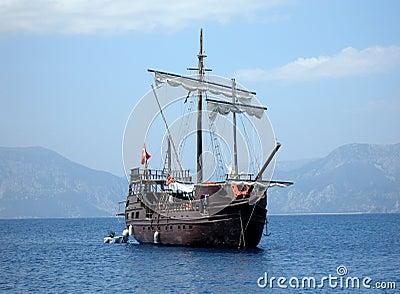 Great pirat ship in sea (in Tu