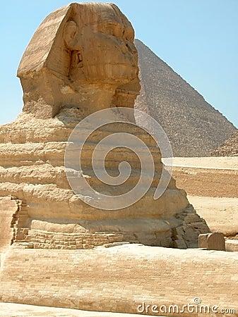 Great Sphinx and Khufu Pyramid, Giza, Egypt