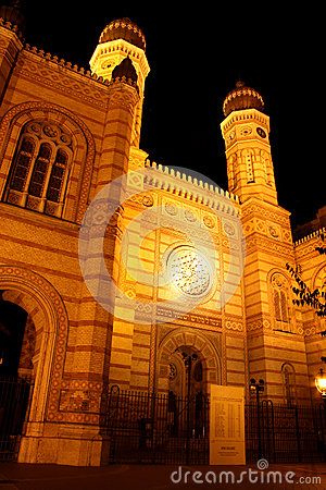 The Great Synagogue in Budapest (Hungary) at night Editorial Photography