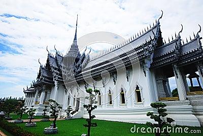 Great temple at Mueng Boran