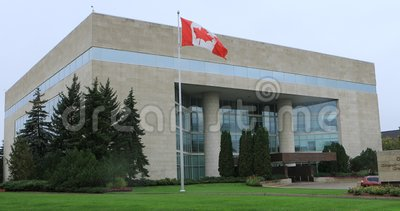 Great West Life Corporate Building in Winnipeg, Manitoba 4.000 stock video