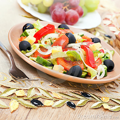 Free Greek Salad Of Vegetables Stock Photo - 19136420