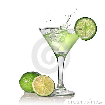 Free Green Alcohol Cocktail With Splash And Green Lime Stock Image - 14313951