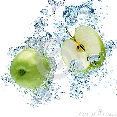 Free Green Apple In Water Stock Photos - 39318643