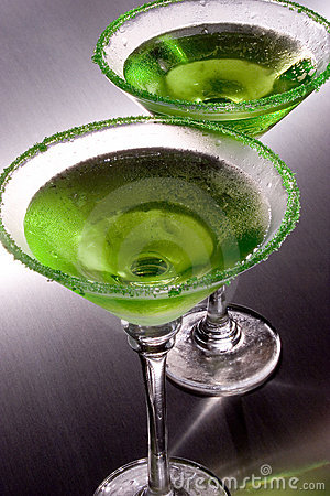 Free Green Apple Martini S Stock Photo - 527620