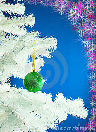 Green ball on the Christmas tree