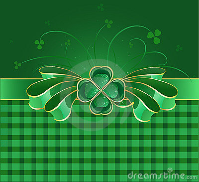 Green bow with clover