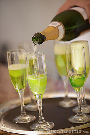 Green champagne