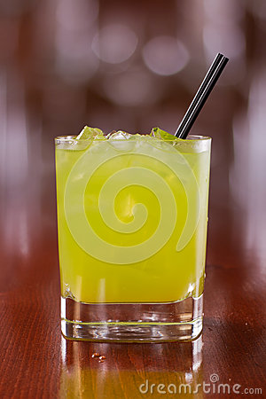 Free Green Cocktail On The Rocks Stock Photography - 30587222