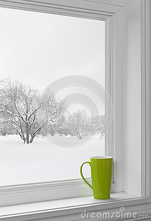 Free Green Cup On A Windowsill Royalty Free Stock Photography - 34834817