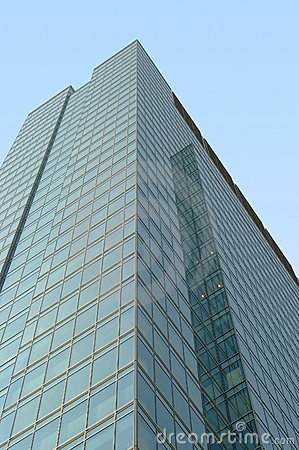 Free Green Glass Modern Office Building Royalty Free Stock Photography - 5109217