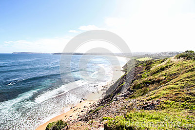 Green Grass Cliff Near Body Of Water Free Public Domain Cc0 Image