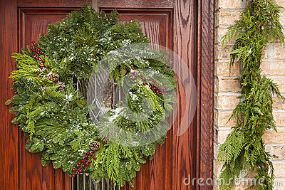 Green Holiday Christmas Wreath