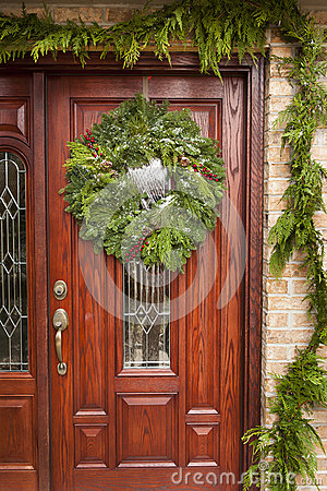 Green Holiday Christmas Wreath