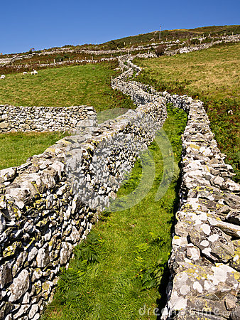 Green Lane Dry Stone Walls Hill Farmland