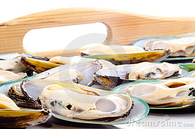Green lipped mussels before preparation