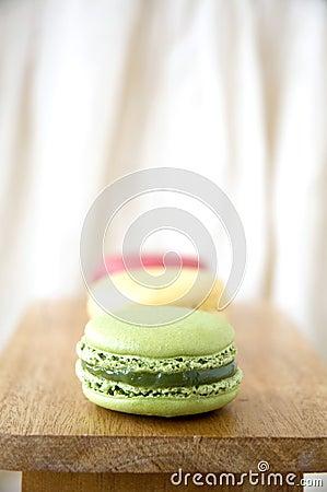 Green macaron in line