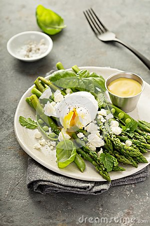 Free Green Peas And Asparagus With Poached Egg Stock Photography - 111340692