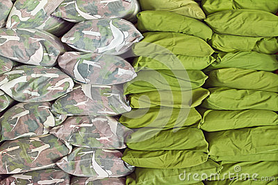 Green pillow bed