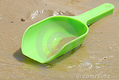 Green Plastic Toy Beach Scoop