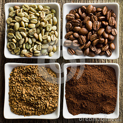 Free Green, Roasted, Ground And Instant Coffee Royalty Free Stock Photo - 27066465