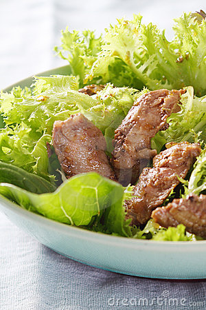 Green salad and grilled fillet of beef.JPG