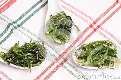 Green seaweed as appetizer