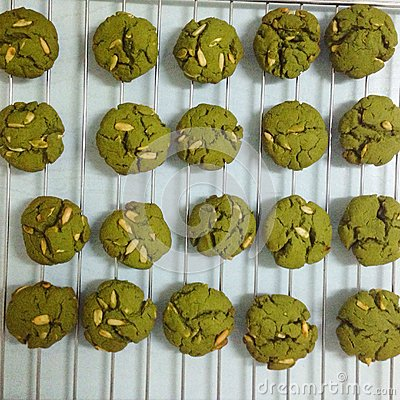 Free Green Tea Biscuits With Almond Stock Photography - 49726032