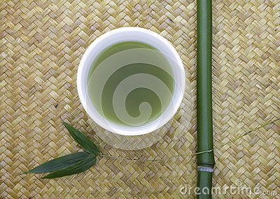 Green tea bowl  with bamboo
