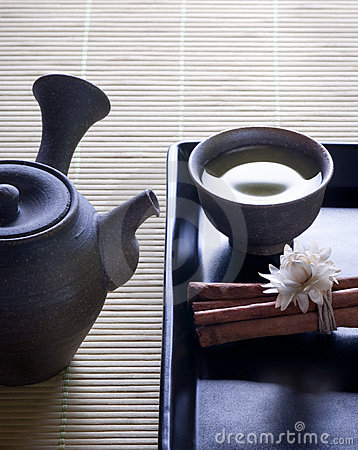 Green tea with original japanese tea pot