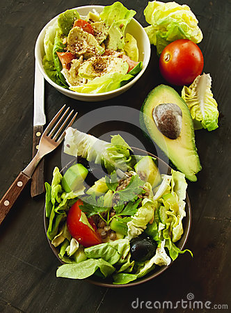 Green Vegetables Salad with Avocado
