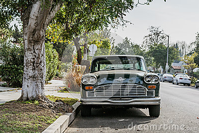 Green And White Vintage Car Beside Green Leaved Tree Free Public Domain Cc0 Image
