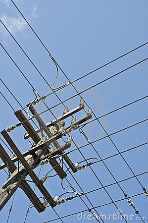 Free Grid Of Power Lines On Pole Stock Photography - 4990382