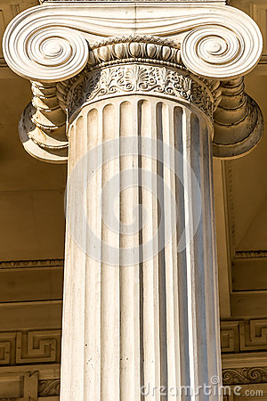 Griekse Kolom