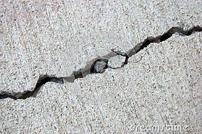 Grieta del cemento