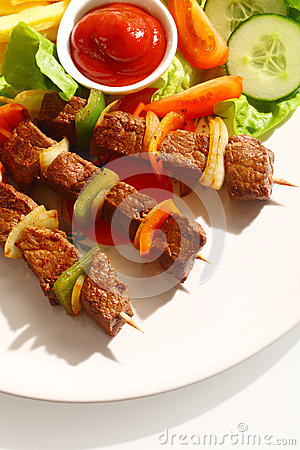 Free Grilled Beef Kebabs With Sweet Pepper Stock Images - 35171084